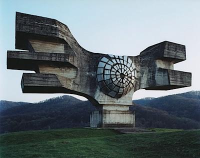 Spomenik1.jpg